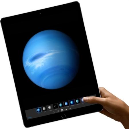 apple-ipad-pro-in-hand-510px